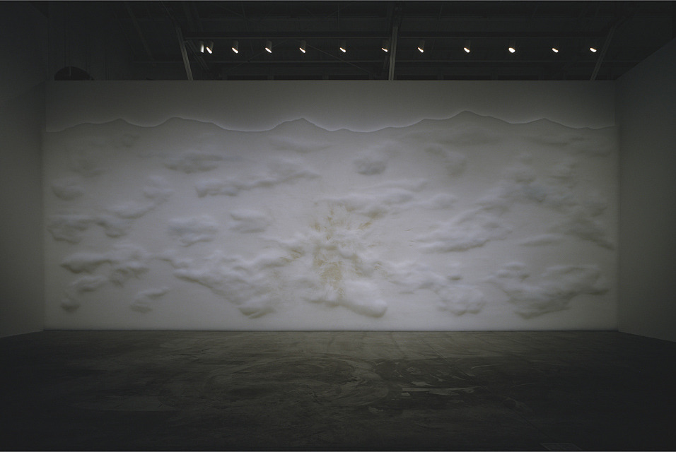 "Tara Donovan, Installation view of Haze, 2005. Translucent plastic drinking straws, installation dimensions variable © Tara Donovan. Photo by: Jonathan Urban / Courtesy The Pace Gallery.The Milwaukee Art Museum opens the latest installation in its ""Currents"" series with the sculptural works of Pace artist Tara Donovan. The exhibition runs through October 7, 2012. (via New installation by Tara Donovan at the Milwaukee Art Museum highlights the extraordinary)"