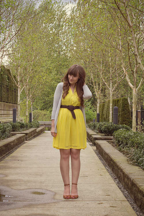 the-streetstyle:  Look Book: Yellow Hues, Blue Skies & An Event