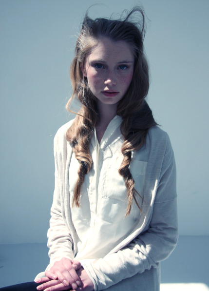 Photography: Roï Elmaliah Model: Roos, represented by Fresh Model Management