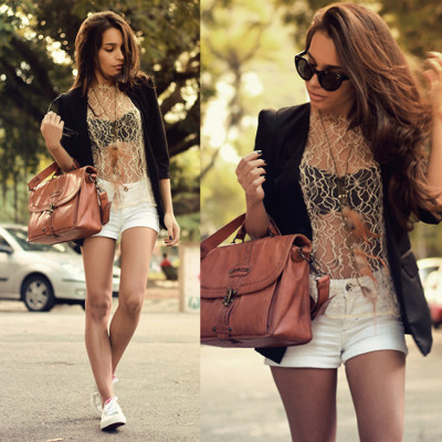 lookbookdotnu:  Gold is the sun as she wonders where he's gone. (by Alana Ruas)