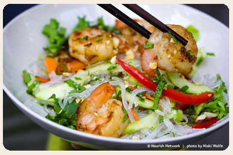 in-my-mouth:  Vietnamese Shrimp on Noodles