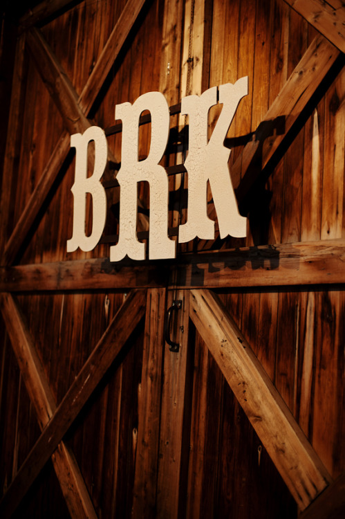 I love big initials! Perfect font for a country barn wedding.