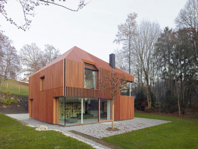 Sculptural Home in Munich Built Using Prefabricated Materials