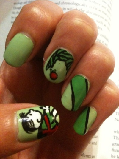 hellogiggles:  Nails Of The Day: NAILS OF THE DAY by From Our Readers   Favorite book ever