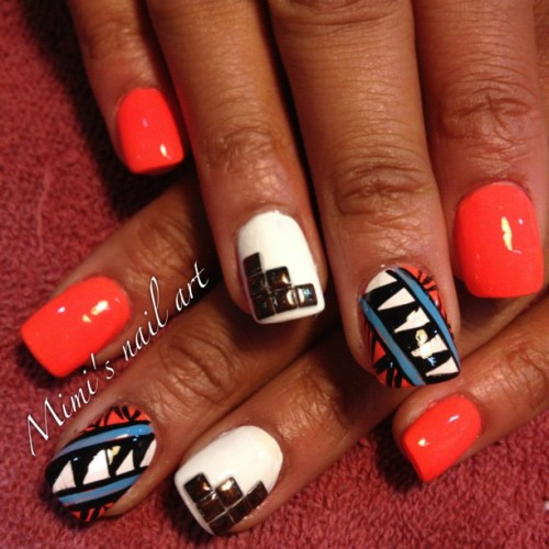 #PhotoShake #nailartaddicts #nailartswag #nailartclub #nailart #naildesigns #nailartoohlala #studs #tribalnailart #tribal  (Taken with instagram)