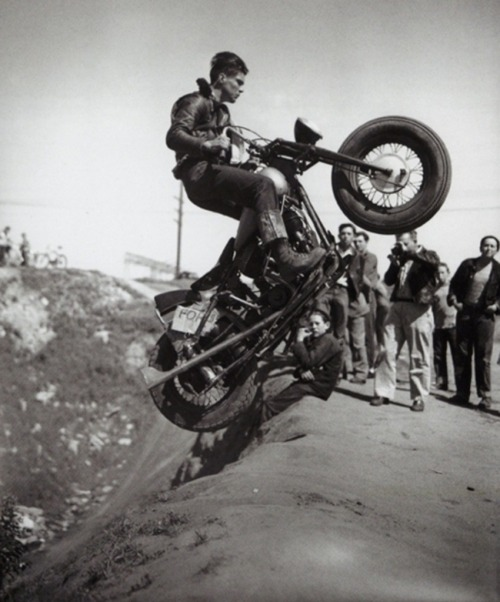 holy awesome. james dean looking gnar kill
