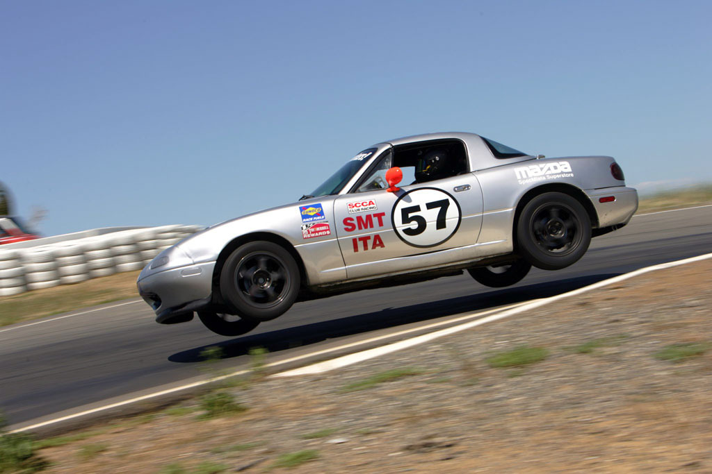 Mazda MX-5 Miata - Turn 5 at Thunderhill