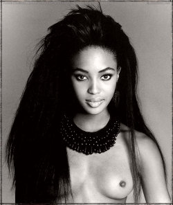 supermodelshrine:  Naomi by Francesco Scavullo, 1989