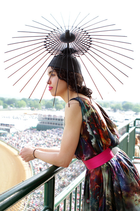 elle:  Street Chic: Kentucky Derby Check out all the style and hats from this year's derby! Photo: Heidi Jewell/Under the Guise