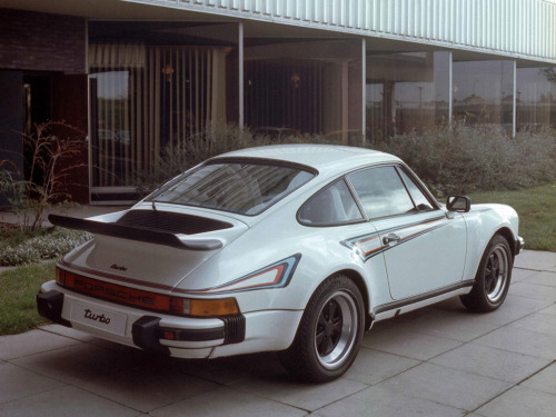 definemotorsports:  1975 Porsche 911 Turbo 3.0 Coupe (930)  Martini livery makes everything better.