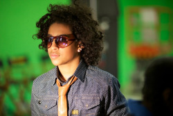 Princeton from MINDLESS BEHAVIOR on the set of the Platinum League commercial. Their fans are extra mindless.