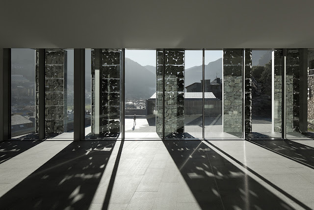 subtilitas:  Ramon Sanabria Arquitectes - General Council building, Andorra 2012. Via HIC.