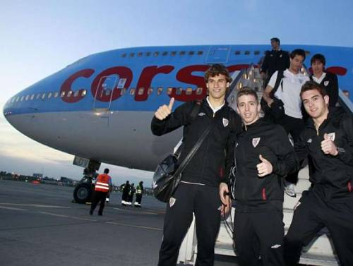 Llorente, Muniain and Ibai arriving in Bucharest
