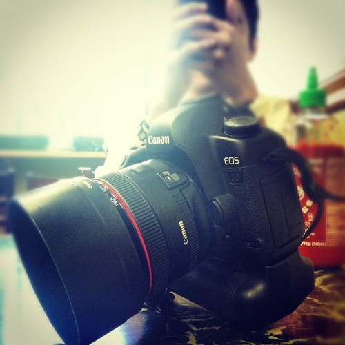 #iphoneography #camera #mybaby #canon #5D #markii #50mm #redring (Taken with instagram)