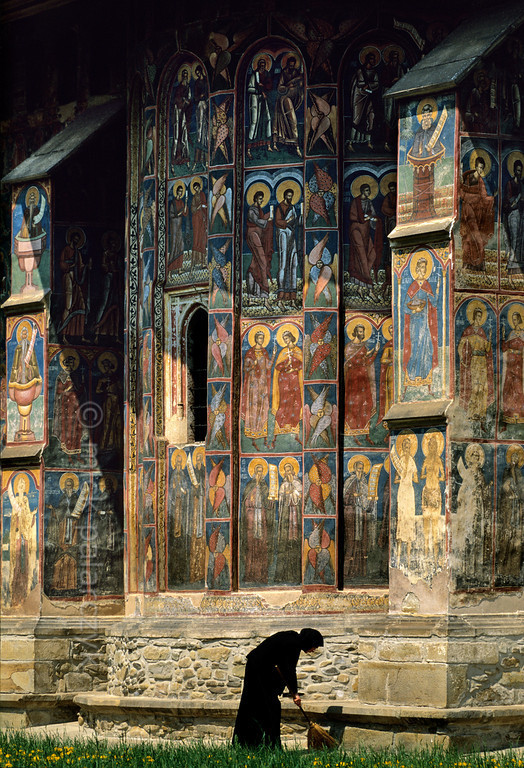 muirgilsdream:  A view of Moldovita Monestary, Romania.
