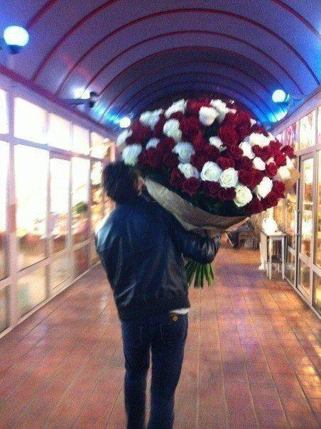 hoes-nd-clothes:  Why cant someone do this for me