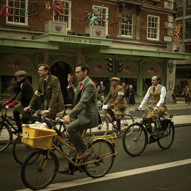 malcolmrattray:  Tweed Run London May 2012. photo by nonusual