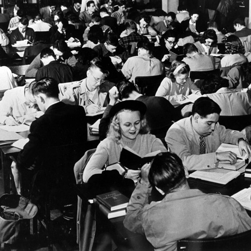 Third stop on the study time warp: In 1947, students packed into the second-floor library of Marquette University's Johnston Hall to study. Source: Edited from a Marquette University Archives photo.
