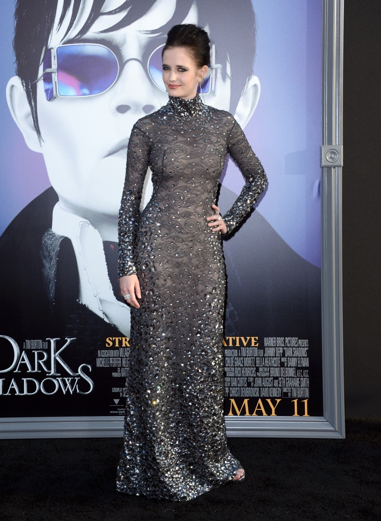 bohemea:  Eva Green - Dark Shadows LA premiere, May 7th 2012 Eva's looking devilish & bewitching in this sleek Tom Ford gown!  Having seen The Avengers twice now, I've likewise viewed the trailer for Dark Shadows, and despite not being a Tim Burton fan, I may well go and see it solely for Eva Green. I'm not ashamed of this. I am ashamed I laughed at the trailer, though. (One of the most obvious gags around & I howled like a drain. Am I getting less jaded in my dotage?)