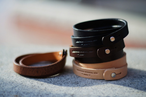 anchordivision:  Leather Works Minnesota – Double Wrap Cuffs and Top Zip Wallet | Anchor Division