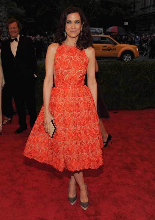 Kristen Wiig wearing Stella McCartney 2012 MET GALA