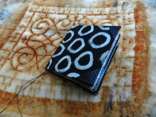 elizabethbunsen:  Elizabeth Bunsen rust trip 8 handmade journal http://elizabethbunsen.typepad.com/be_dream_play/  more wonderful eb.