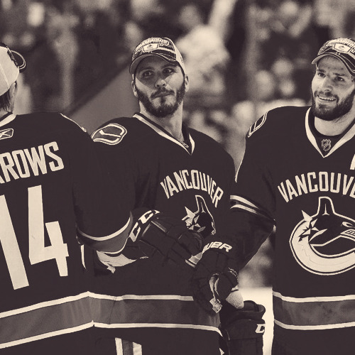 18/100 favourite photos of the vancouver canucks.