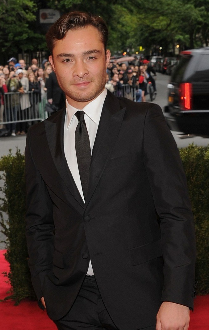 2012 MET BALL PICTORIAL BONANZA ED WESTWICK The 2012 Met Ball was held yesterday at the Metropolitan Museum of Art and of course when it comes to these glamorous Hollywood soirees, there are sure to be some hot frocks and shocks in the fashion stakes! Check out our picks of the hottest Hollywood starlets who graced the red carpet at the Met Ball! Image Source: Just Jared ps: Feel free to nominate 'I AM STARSTRUCK' for the 2012 Ultrabook Pedestrian TV Blogster Awards in the category of Tech/Media/Culture by clicking here!  We really appreciate your support! xxx