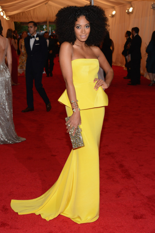 via  thestylefix:  Solange Knowles in Rachel Roy.  Stunning Color!