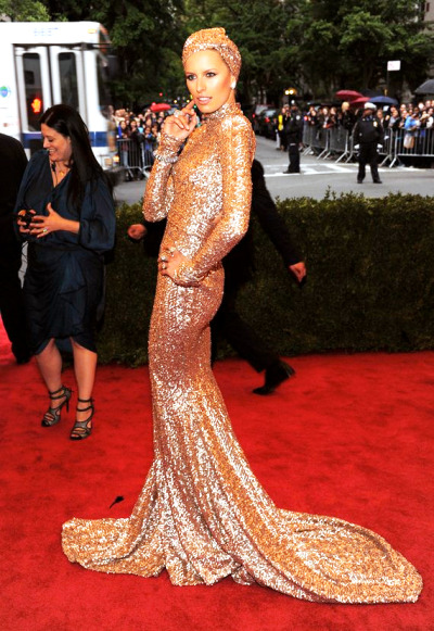 Our Favorite Looks from the Costume Institute Gala: Karolina Kurkova…Upper East Side, NYC (via CocoLee)
