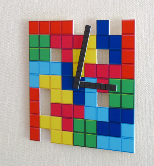 it8bit:  Tetris Wall Clock Available for $28 USD at Wall Decoration.  WANT WANT WANT WANT WANT!!!!NOW…