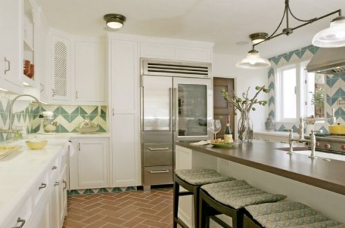 Kelsey Grammer Beverly Hills Villa - Love this kitchen tile @hookedonhouses.net