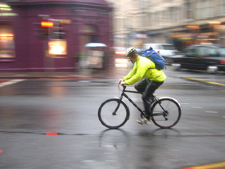 "good:  Can Discounts Convince Londoners to Bike and Walk? ""When it comes to commuting, you commute by force of habit,"" says Ian Yolles, chief sustainability officer of the eco-rewards company Recyclebank. ""It's become such a habit that you get to the end of your journey and you don't remember getting there."" But perhaps using discounts to incentivize better commuting behavior—biking instead of driving, for example—can make people break their habits. In London, a new initiative will put the theory to the test.  Read more at GOOD.is"