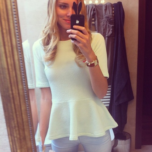 Love this top - chiaraferragni http://instagr.am/p/KX72GnyD_Z/