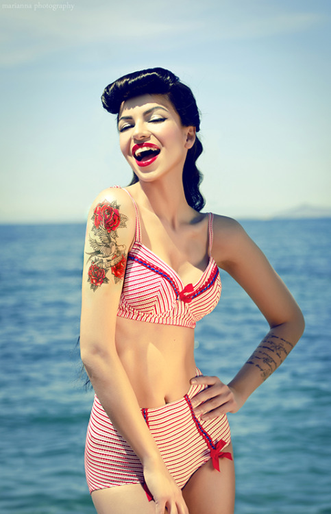 thisgirlsheart:  Pin up girls 6 by *AnnaMariaDeMari