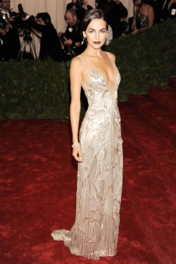 scarletredblog:  Best dressed of the night, Camilla Belle in Ralph Lauren at the MET Ball 2012!