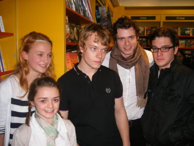 wait, was Game of Thrones cast like Harry Potter? this picture confuses me.