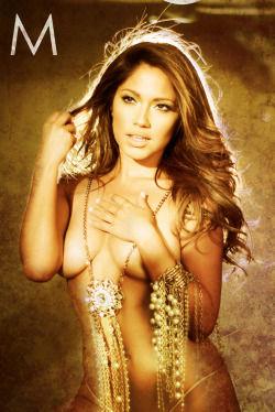 @JessicaBurciaga (Model)@Isaiahmays (Photograph)@BeautybyRokael (Makeup & Hair)@ilovemariannas (Jewelry)