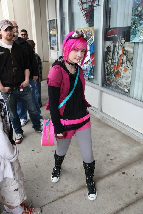This is me as Ramona Flowers from Scott Pilgrim. This photo is in a contest and if anyone could please help me out by giving me a vote and maybe sharing I would be greatful. http://www.facebook.com/MirmaidBaby#!/photo.php?fbid=10151652491770072&set=a.10151652488550072.848790.223281625071&type=1&theater Just go to the link and hit like. THANK YOU!!