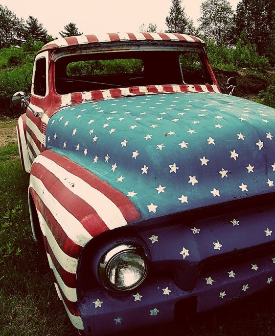 morgans-hotels:  We're going crazy for red, white and blue on Pinterest. For a look into the pictures and videos that inspire us most we're curating some colorful boards at pinterest.com/morganshotels