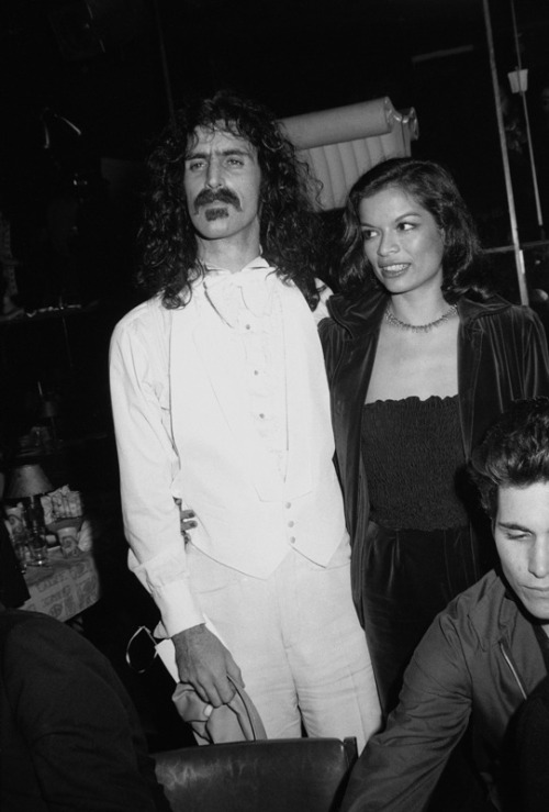awesomepeoplehangingouttogether:  Frank Zappa and Bianca Jagger