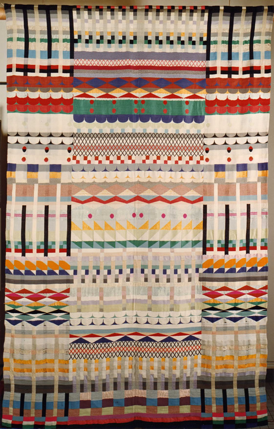 Gunta StölzlFive Choirs, 1928Jacquard weave in cotton, wool, rayon and silk 229 x 143 cm
