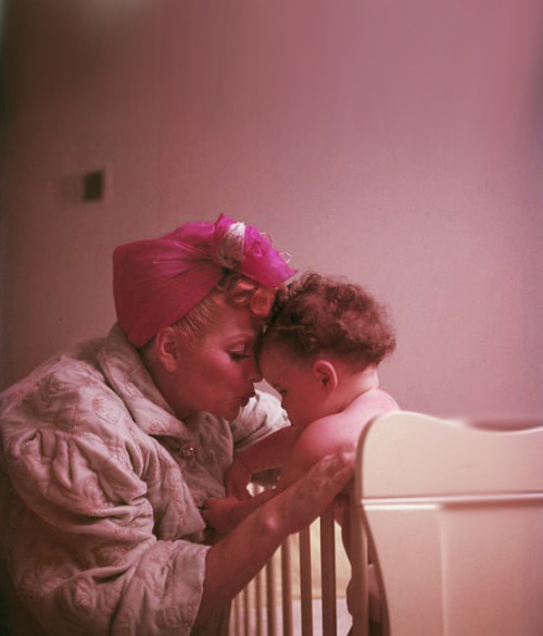Lucille Ball and daughter Lucie at their home, 1952