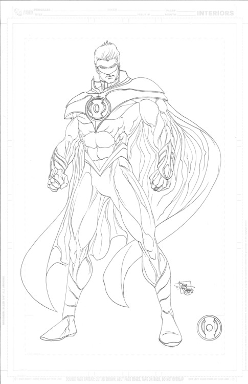 braynehurricane:  Alan Scott's Green Lantern costume design in James Robinson's Earth 2. Art by Joe Prado.