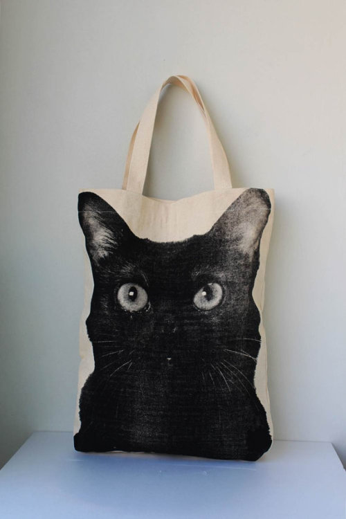 blua:  Black Cat Tote