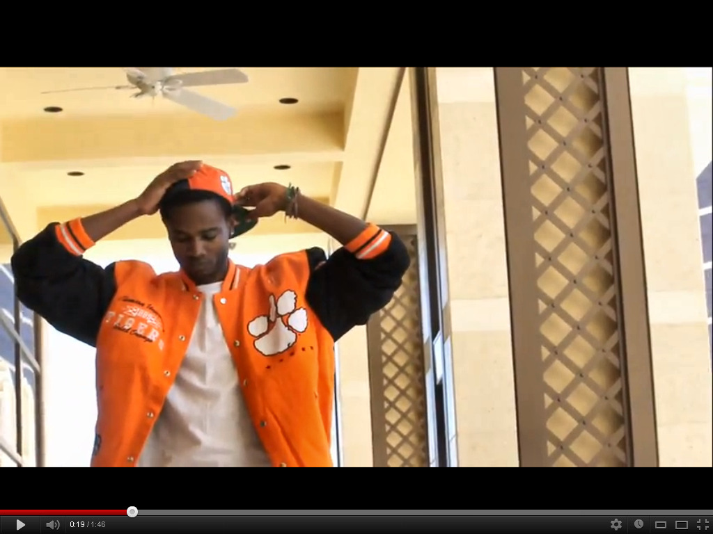 "Getting Right in my #Clemson Tigers Gear! I rep all SC but dont get it twisted.. Orange and Black Fooooooooooooos! PS: Free #ClemsonTiger Sammy Watkins LOL ~  C.KHiD Behind the Scenes ""Do The Hustle"" music video . #Clemson http://www.youtube.com/watch?v=9GYrPVPHUmE"