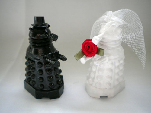 You may now exterminate the bride  My dear Wife, this is what we're gonna have on out wedding cake. <3