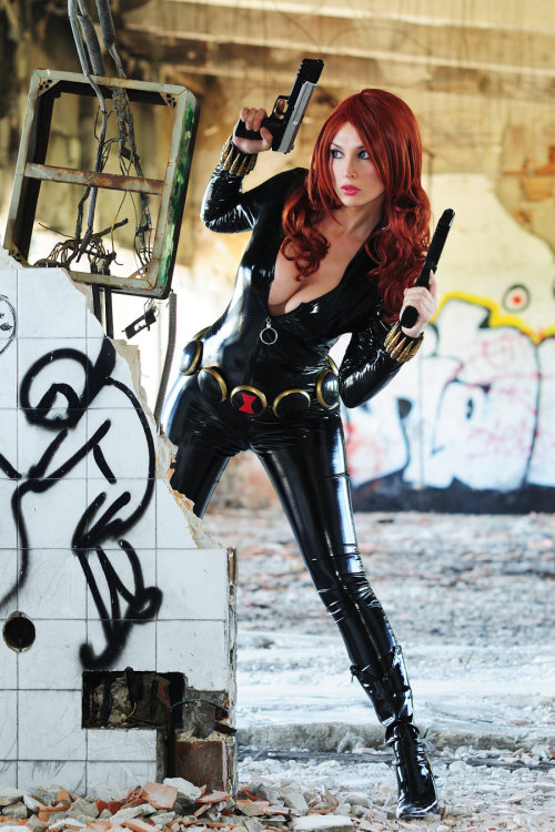 (via Black Widow by *Giorgiacosplay on deviantART)
