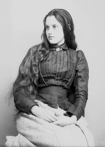 legrandcirque:  Portrait of Marcia Pascal, a young Cherokee woman, USA, 1880. Source: Glass Negatives of Indians (Collected by the Bureau of American Ethnology)
