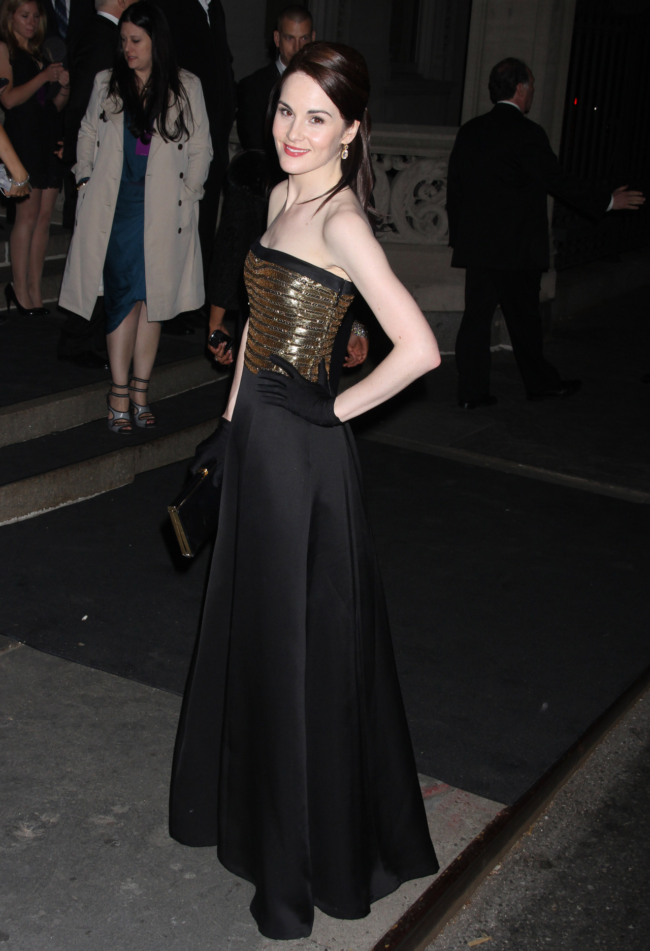 suicideblonde:  Michelle Dockery (in Ralph Lauren) at the Costume Gala afterparty in NYC, May 7th